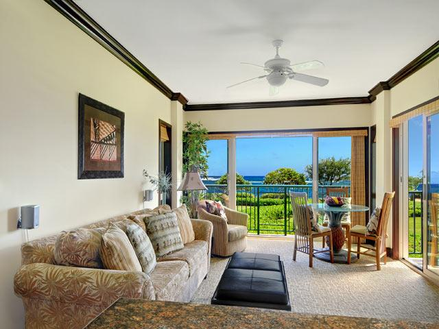 Oceanfront Living Room and Dining - Waipouli Beach Resort G206 - Kapaa - rentals