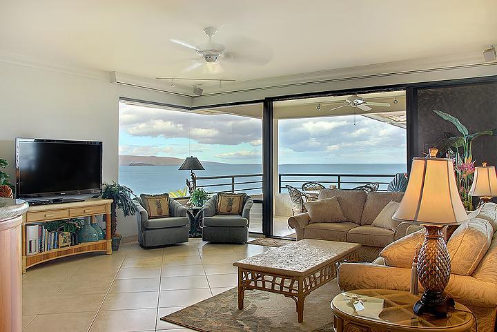 Overlooking Polo Beach with expansive horizon and sunset views - Polo Beach 1or 2 Bdrm Oceanfront Penthouse Condo - Wailea - rentals