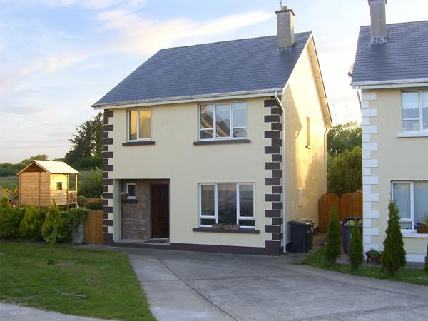 19 RIVER GLEN, pet friendly, with a garden in Curracloe, County Wexford, Ref 4072 - Image 1 - Curracloe - rentals
