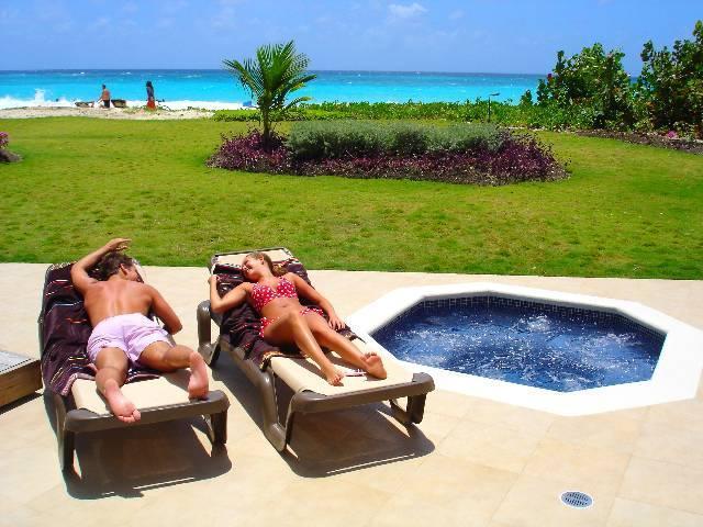 Ocean One pool lounges - Ocean One Barbados -  FlipKey Top Vacation Rental - Maxwell - rentals