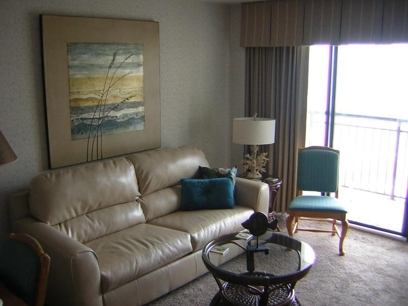 Queen Leather Sleeper Sofa - Your Tropical Vacation Adventure is Waiting... - North Myrtle Beach - rentals