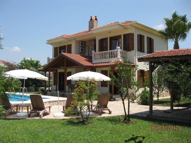 Spacious villa Hatira, totally private - Villa Hatira. Private villa sleeping 6. Full A/C. - Dalyan - rentals