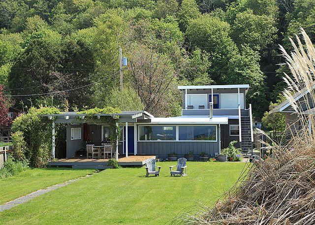182 - Maxwelton Beach House, 7604 - Image 1 - Clinton - rentals