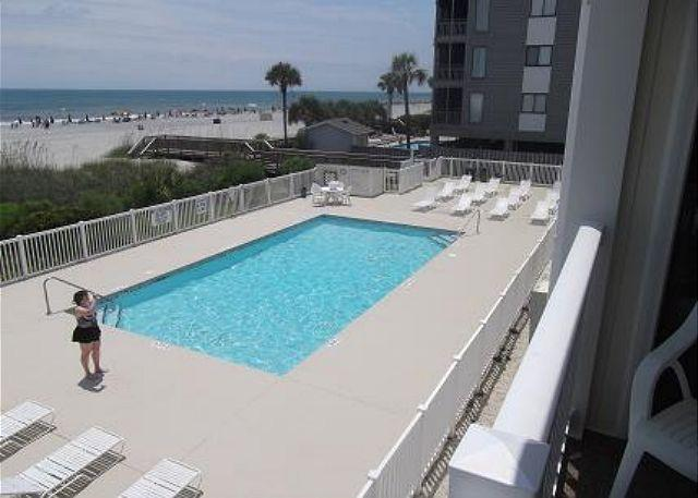 Oceanfront Pool - Cozy & Convenient steps away from the ocean 2B/2B at Shore Drive, Myrtle Beach - Myrtle Beach - rentals