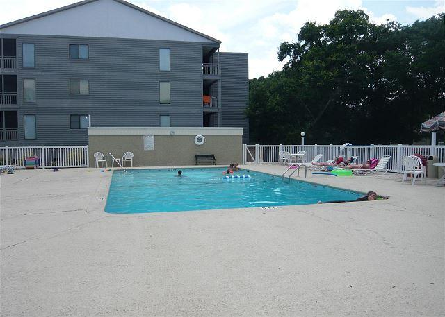 Nice & Convenient just steps away, Shore Drive, Myrtle Beach APATB B #108 - Image 1 - Myrtle Beach - rentals
