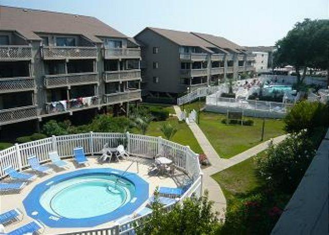 Wonderful Vacation Rental with Pool and Hot Tub at Shipwatch Pointe II Myrtle Beach, SC - Image 1 - Myrtle Beach - rentals