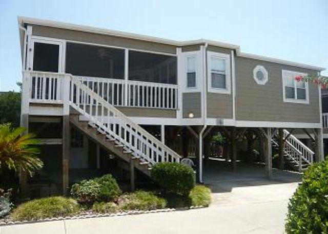 Steps Away From Beach, Awesome Condo on Shore Drive with Pool, in Myrtle Beach SC - Image 1 - Myrtle Beach - rentals