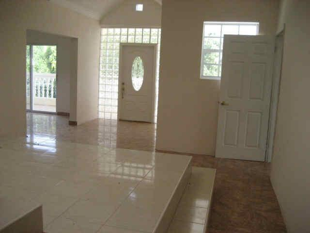 Foyer space area - DOCTOR B PARADISE - Port-au-Prince - rentals