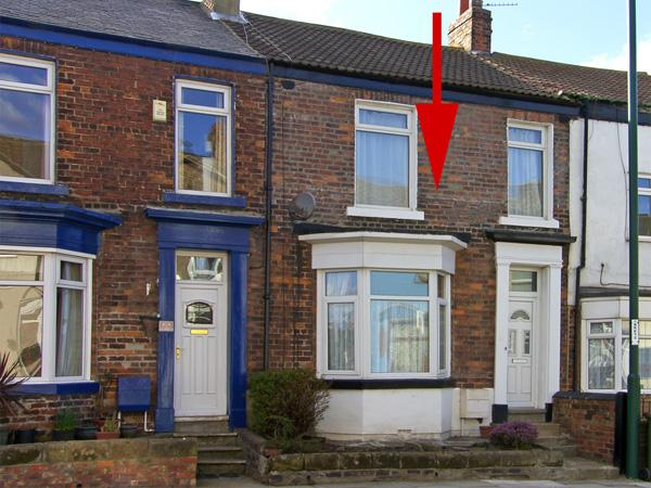VICTORIA COTTAGE, pet friendly, with a garden in Marske-By-The-Sea, Ref 3940 - Image 1 - Marske-by-the-sea - rentals