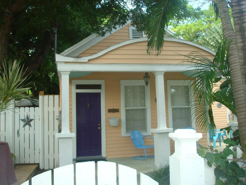 Casa Manana - Casa Manana 2 bedroom Cottage in Old Town Key West - Key West - rentals