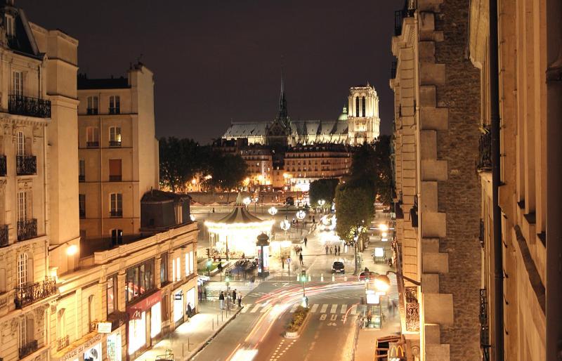 NOTRE DAME - BEAUTIFUL LE MARAIS NOTRE DAME - Queen Bed, Paris - Paris - rentals