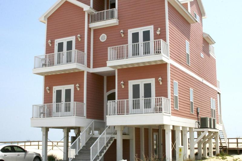 Enchanted Dunes, your home away from home... - Gulf front, 7BR, high-tech, elevator, shared pool - Fort Morgan - rentals