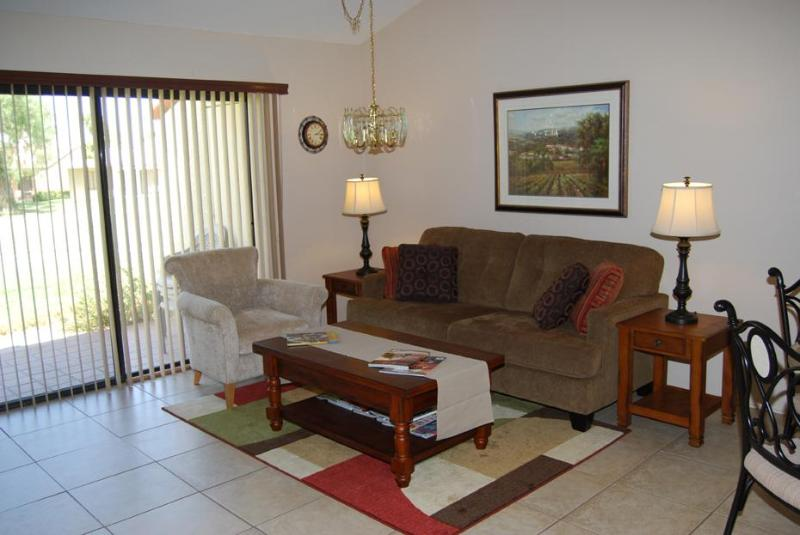 Living Room - Townhouse on the Golf Course - Palm Desert - rentals