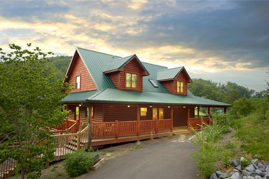 Cherokee Lodge - Fantastic  Family Cabin 1 mile to Dollywood (WiFi) - Sevierville - rentals