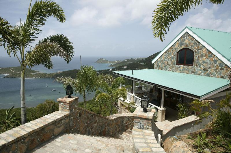Little Palm Cottage with great ocean views - Honeymn/Romantic Private Suite w Ocean View & Pool - Cruz Bay - rentals