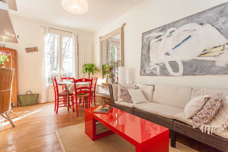 Le Caulaincourt - Bleu, Blanc, Rouge Legend - Image 1 - Paris - rentals