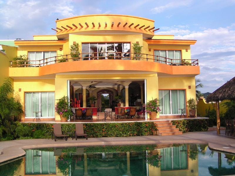 House view from the beach - Casa Puesta del Sol, Las Brisas, Manzanillo - Manzanillo - rentals