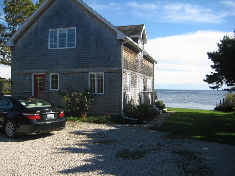 You can hear the Ocean! - Hubbards/Halifax Oceanfront Home in Nova Scotia - Hubbards - rentals