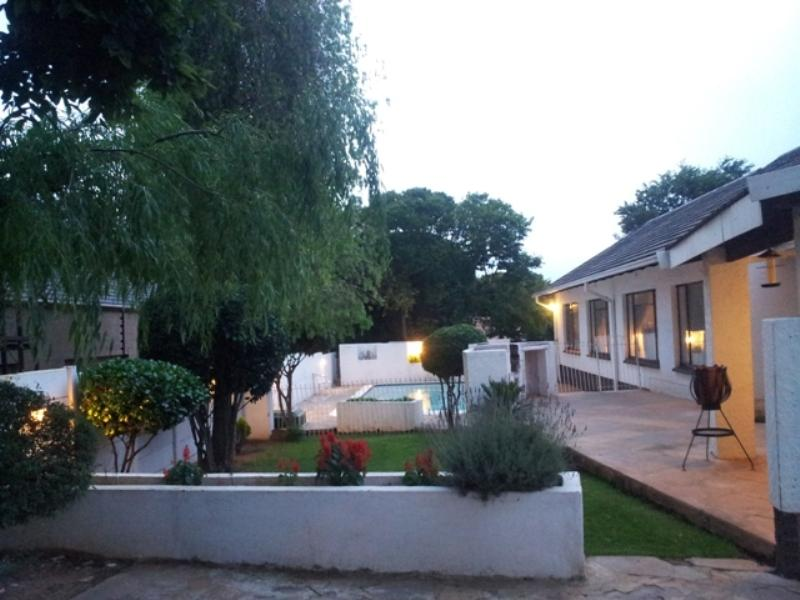 garden - The Royal Princess Garden in Randburg - Randburg - rentals