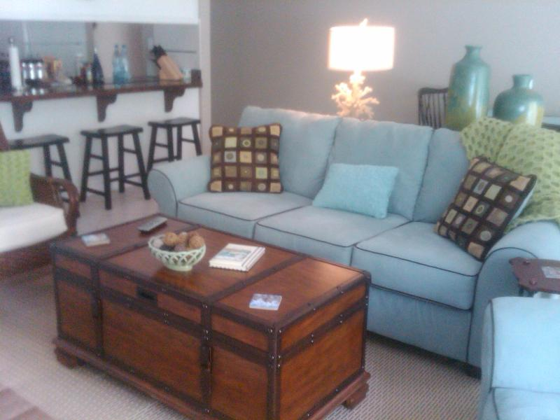 Living Room - $135 / 2br - Beach Condo at St. Simons - Saint Simons Island - rentals