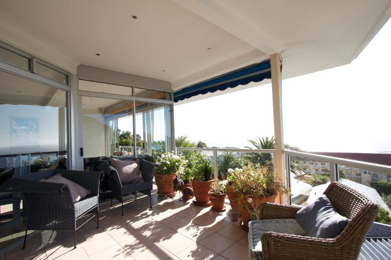 Balcony to Atlantic Ocean Camps Bay - Stunning ocean and mountain views in Cape Town - Cape Town - rentals