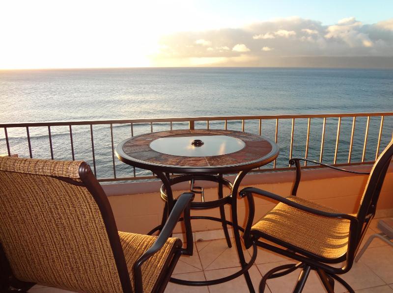 Balcony / Lanai - Maui Kai 806 - www.mk806.com - MAUI KAI 806 High 8th Floor Oceanfront RENOVATED Condo NO CLEANING FEES mk806com - Ka'anapali - rentals