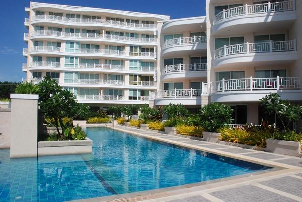 Central pool at Baan Poolom - Beachfront Condomium at Baan Poolom Hua Hin - Hua Hin - rentals
