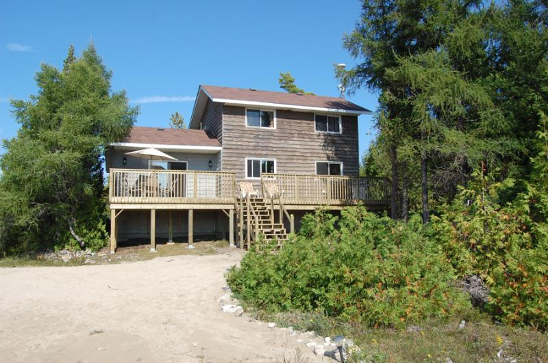 The Heart Well cottage (#643) - Image 1 - Miller Lake - rentals