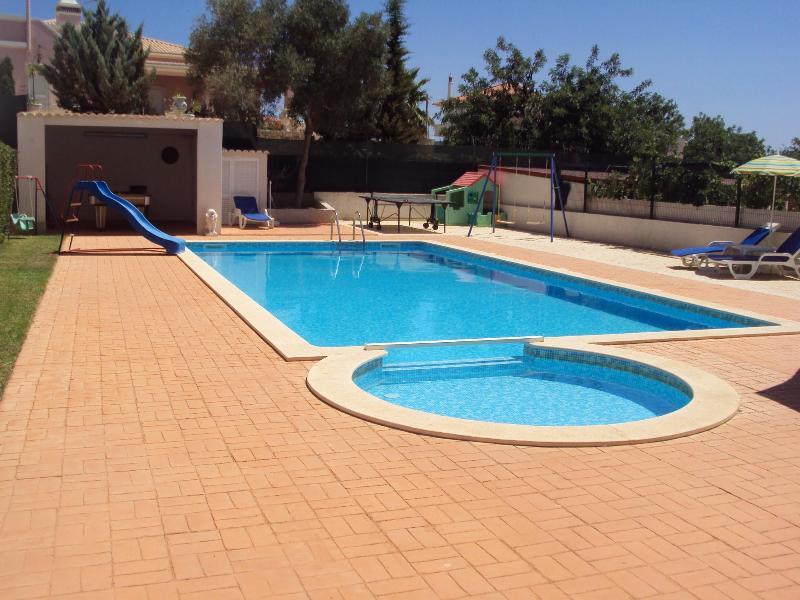 Splash pool - 4 Bed Room Luxury Villa with Private Pool - Altura - rentals