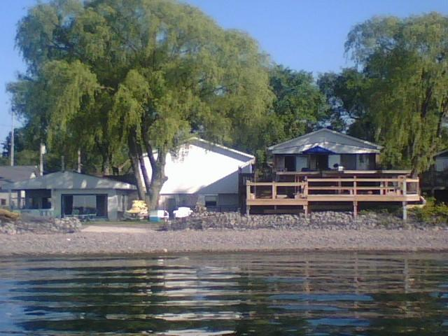 Beachfront Vacation Cottages - view from on the lake - Beachfront Vacation Cottages - Olcott - rentals