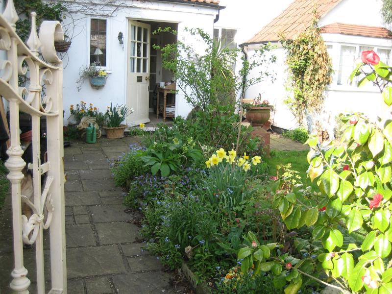 Malara Cottage - Malara Cottage - Bed & Breakfast on the Riverside - Kingston upon Thames - rentals
