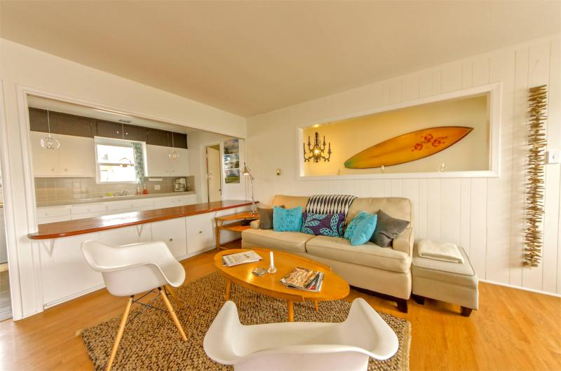 Striking BeachHouse - Ideal Location & Design - Image 1 - Manhattan Beach - rentals