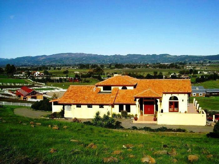 bs front view - Black Sterling Villa in Sonoma Wine Country - Sonoma - rentals