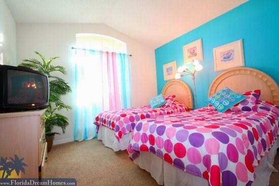 Delightful 3 Bedroom/2 Bathroom Private Pool Home Right Beside Disney World - 35075 - Kissimmee - rentals