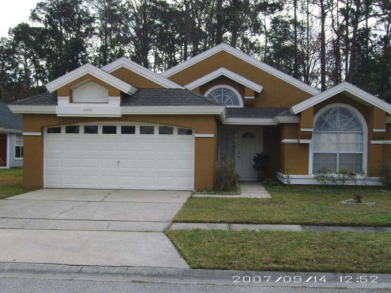 Front View of Home - Great Kissimmee Vacation Rental Home Getaway - Kissimmee - rentals