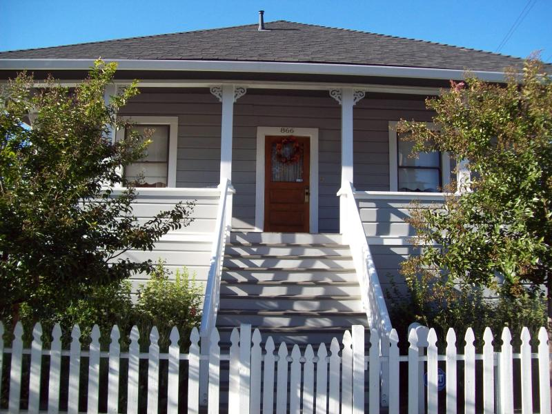 Our Corner Cottage~A True Napa Gem - The Corner Cottage-Luxury in the Napa Valley - Napa - rentals