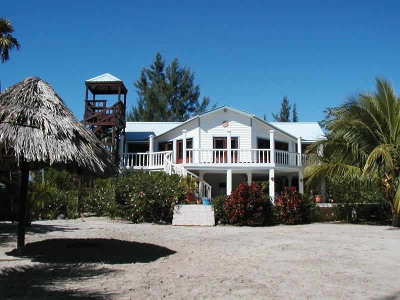 "Beach/Backyard/Observation Tower - Pool Home on the Beach - ""Angels Landing"" - Placencia - rentals"