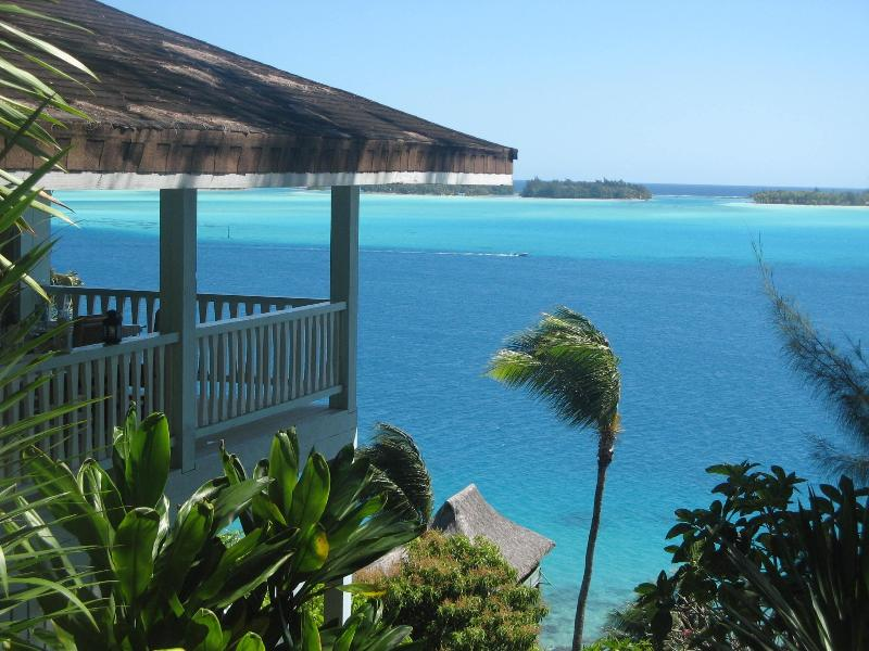 GORGEOUS LAGOONVIEW FROM THE HOUSE - SPLENDID VILLA OVERLOOKING THE LAGOON OF BORA BORA - Bora Bora - rentals