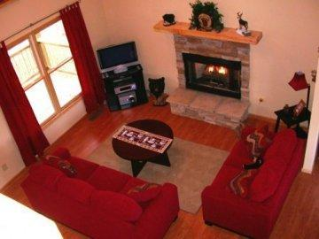 Living Room - Mountain Cabin Resort near Carters Lake & Marina - Ellijay - rentals