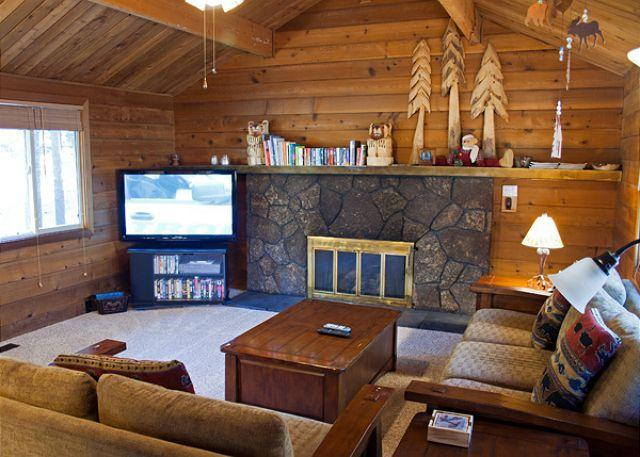 Spring Rates Sunriver Home Pet-Friendly and Foosball  Near the Village - Image 1 - Sunriver - rentals