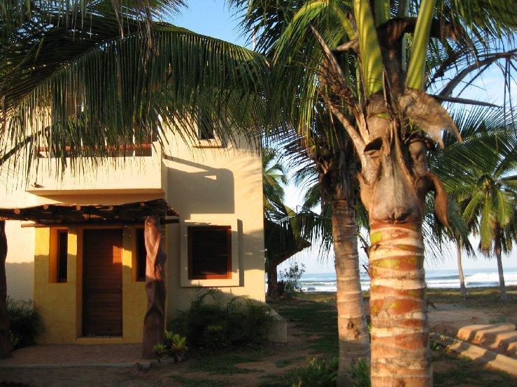 Road entrance - CASA ROSALINDA - Beachfront Villas near Troncones - Troncones - rentals
