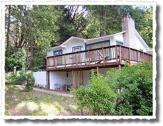 Front of home - Rustic Cabin on the Rogue River ~ Fully stocked! - Grants Pass - rentals