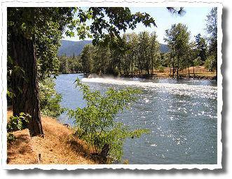 cabins on the scenic Rogue River two options... - 2 Rustic Cabins on Rogue River ~ Fully stocked! - Grants Pass - rentals