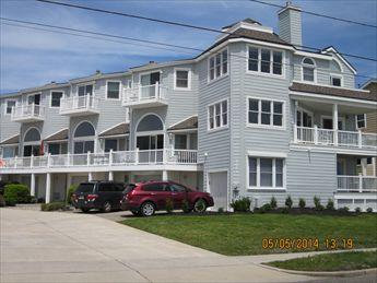 Property 5887 - Ideal 3 Bedroom, 3 Bathroom Condo in Cape May (5887) - Cape May - rentals