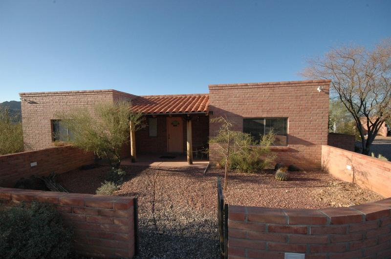 front of guest house - Saguaro National Park West - Tucson Az - Tucson - rentals