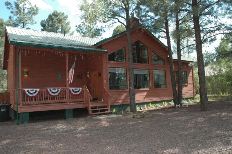 Summer time - Cozy modern cabin in Pinetop's Az - horses allowed - Pinetop - rentals