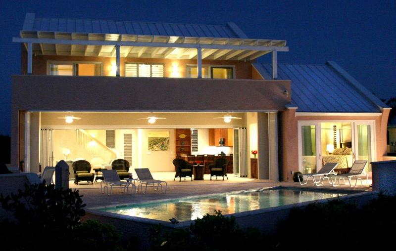 Stunning Contemporary Villa - Contemporary 3 BR-Fabulous Sandy Beach/Pool/Kayaks - Providenciales - rentals