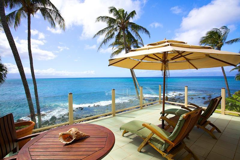 Maui Beachfront: Secret Cove Villa - Image 1 - Lahaina - rentals