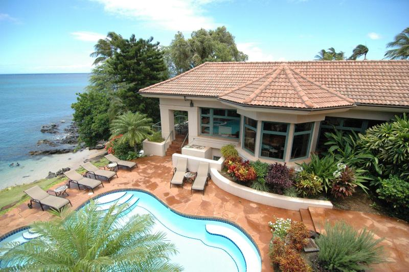 View of the pool and kitchen lanai breakfast nook - Affordable Luxury Villa w/ Pool and Spa on Maui - Napili-Honokowai - rentals