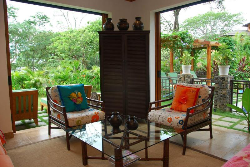 Great Room - Beautifully Decorated Home in Tamarindo Preserve - Tamarindo - rentals